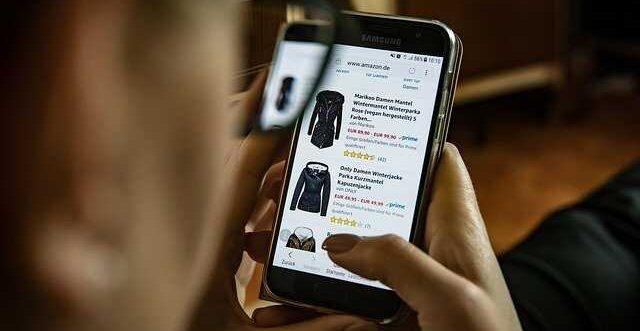 acheter et vendre des vêtements d'occasion en Algérie