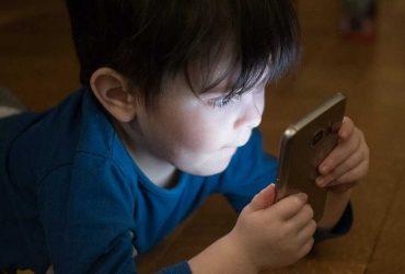 Acheter ou non un portable à son enfant